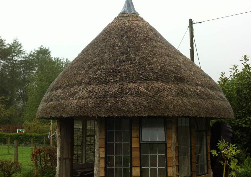 Thatched summer house